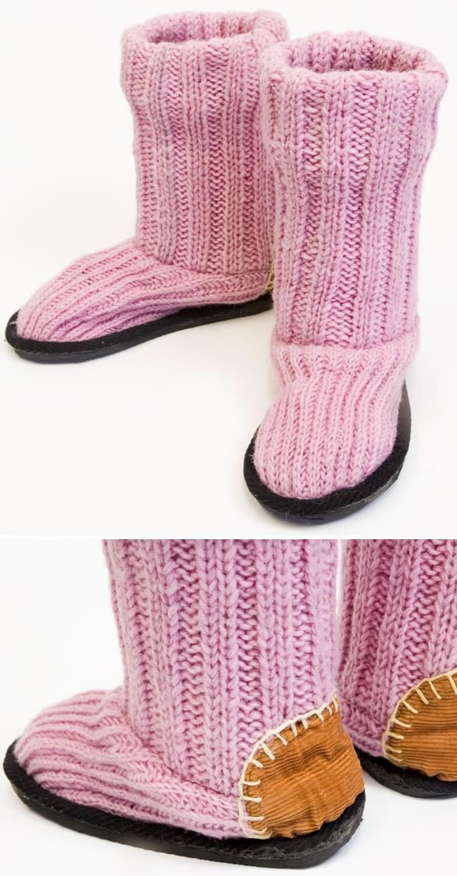 ネパールのニット・ブーツ 【薄ピンク】の写真1