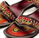 インドのフラットサンダルの商品写真