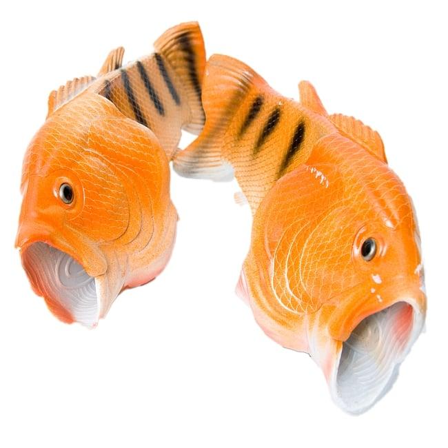 【おおきめサイズ】リアルなおさかなサンダル 17 - 選択オレンジです