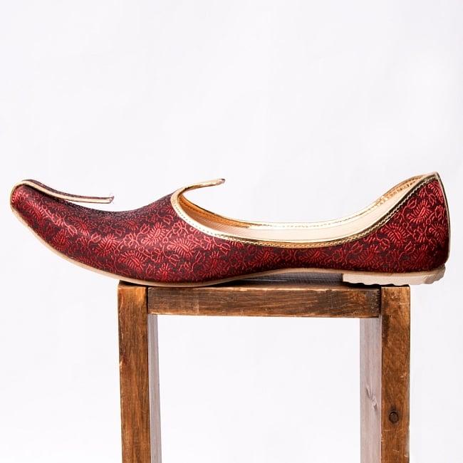男性用宮廷靴 - モジャリレッド 4 - 横からの写真です