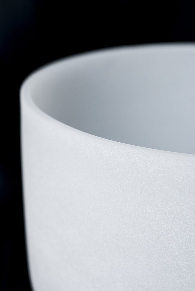 【E音程】第3チャクラ(solar plexus)クリスタルシンギングボウル 直径25.5cmの写真2 - 上からの写真です