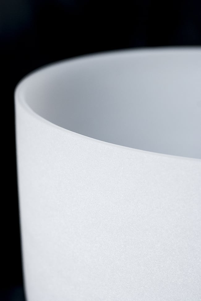 【D音程】第2チャクラ(navel retion)クリスタルシンギングボウル 直径28.5cmの写真2 - 上からの写真です