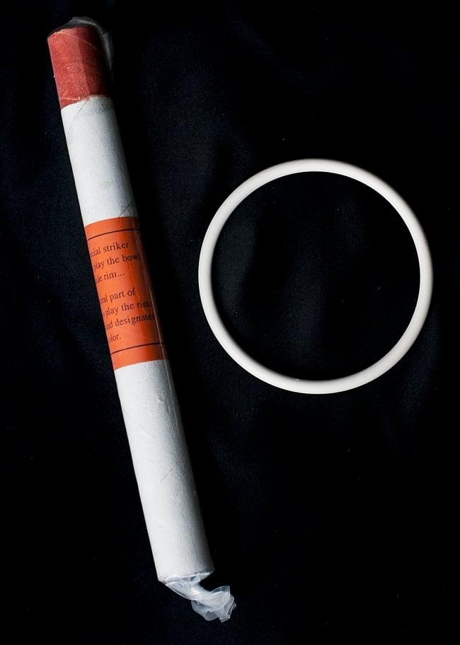 【D音程】第2チャクラ(navel retion)クリスタルシンギングボウル 直径28.5cmの写真4 - こちらのマレットと、台座が付属いたします
