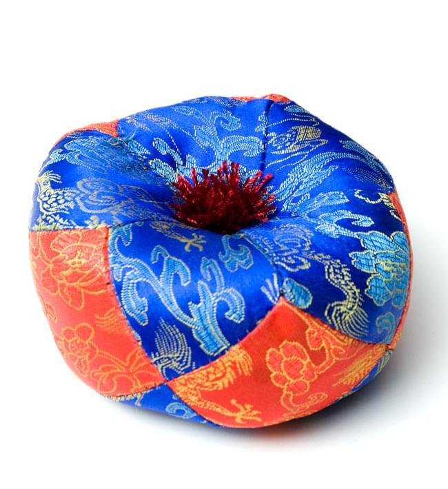 シンギングボウル用マット(13cm)【赤と青】の写真