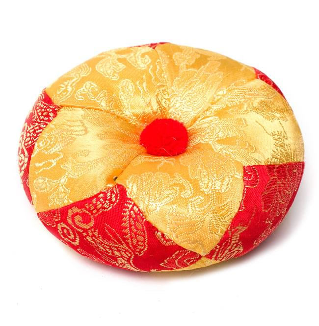 シンギングボウル用マット(12cm)【赤と黄色 紋様あり】の写真
