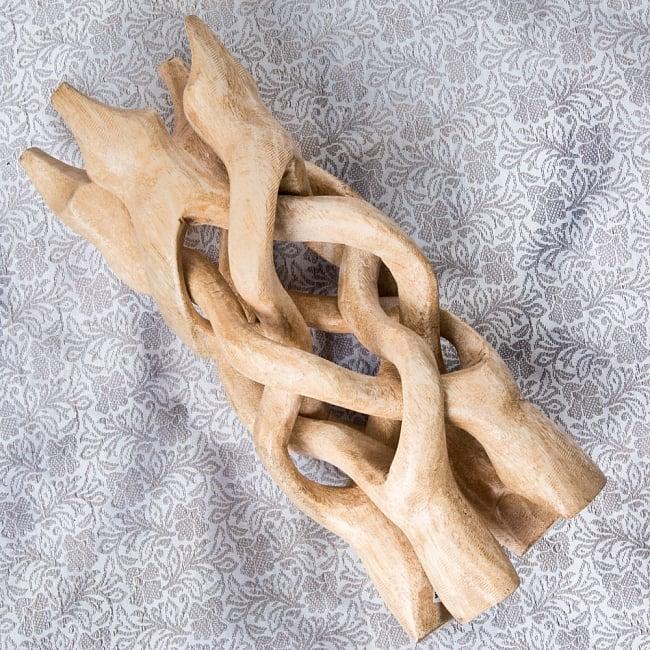 一本の木を彫って作ったマンゴーウッドボウルスタンド4本足タイプ【直径14cm】 5 - 収納時は小さくなります。