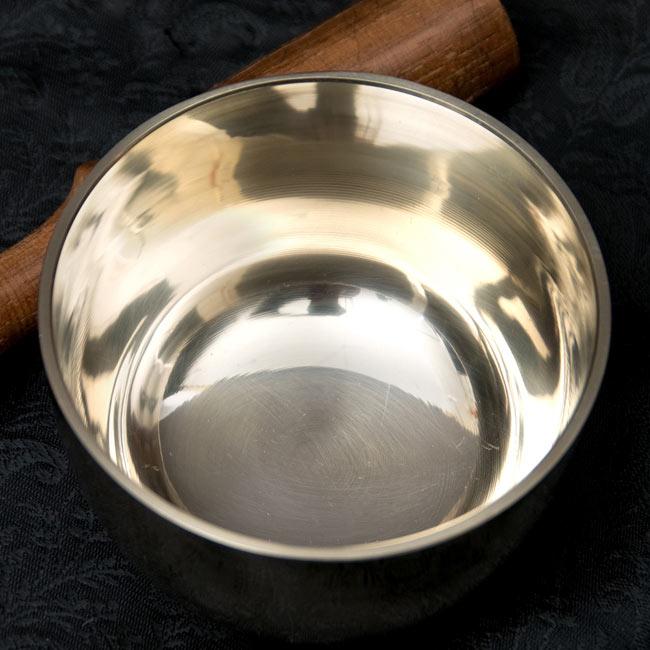高音質シンプルシンギングボウル 8.3cm 2 - 上からの写真です。