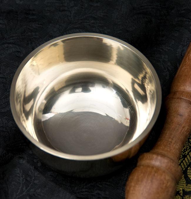 高音質シンプルシンギングボウル【9cm】の写真2 - 上からの写真です。