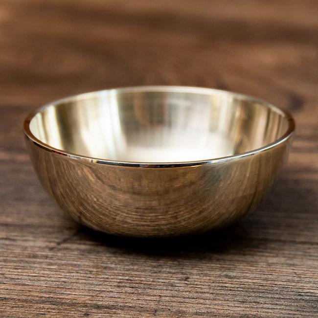 高音質シンプルシンギングボウル 8.4cm平型の写真2 - 裏面の写真です