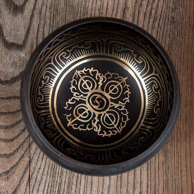 【アソート】チベタンシンギングボウル (スティック付属) 11.5cm前後 8 - A:ヴァジュラはこのようなデザインになります。