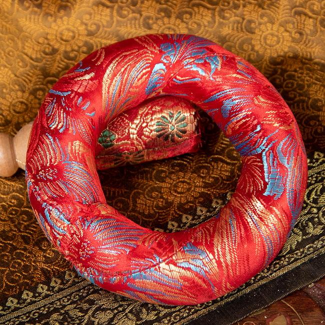 凛とした澄んだ音色 ブラスシンギングボウル〔マットとマレット付き〕 - 9.3cm 8 - 〔No.2〕赤模様カラフル