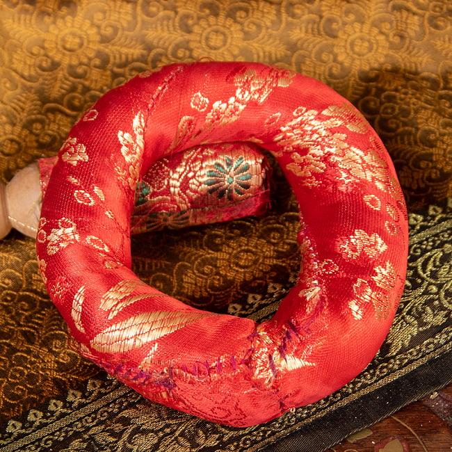凛とした澄んだ音色 ブラスシンギングボウル〔マットとマレット付き〕 - 9.3cm 9 - 〔No.3〕赤模様金