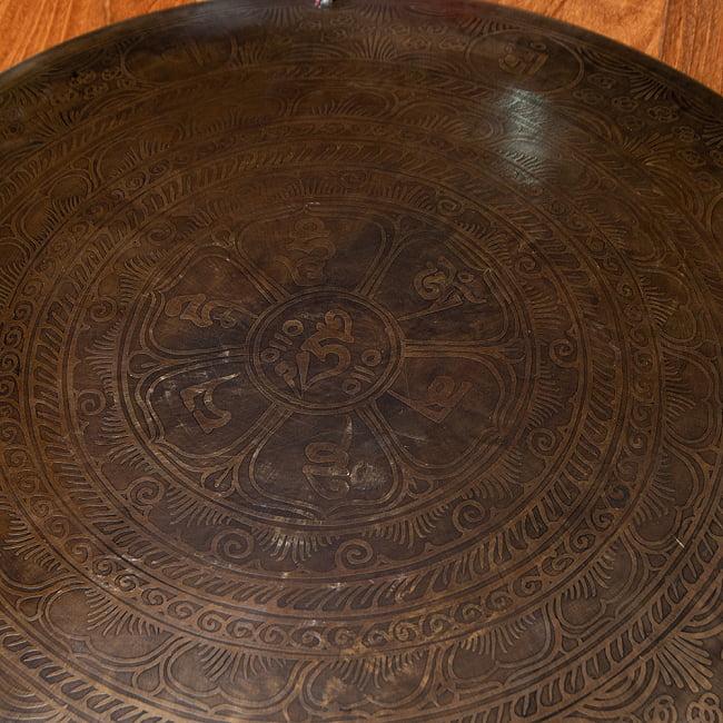 【一点物】ブラスの銅鑼 チベットやネパールの寺院で礼拝用に使用されている〔51cm 3.8Kg〕 6 - 職人によるハンドメイド