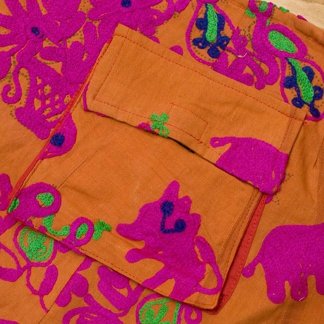 〔1点物〕カッチ地方のトライバル刺繍ミニスカート  6 - ポケットも大きくてとても便利です。