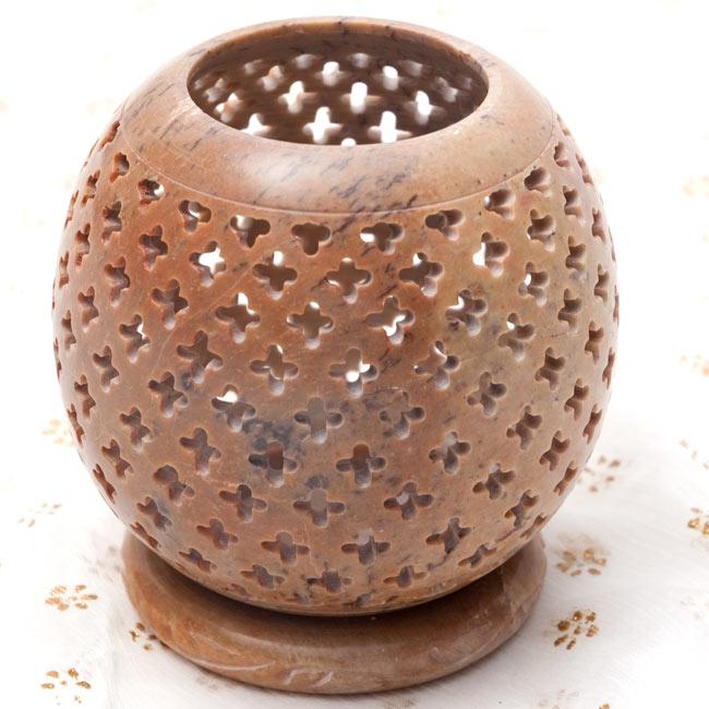 上部開放型 - ソープストーン丸形キャンドル&お香スタンドの写真10 - 【茶系】はこのような配色になります。*天然石を使用している為、色合い等はそれぞれ異なります。