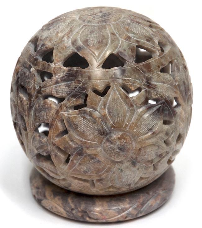 大輪の花 - ソープストーン丸形キャンドル&お香スタンド(大)の写真