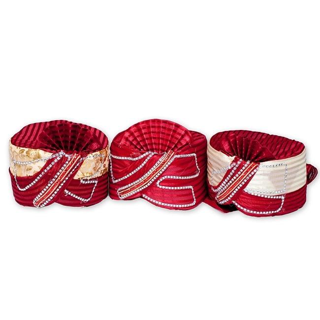 インスタントソフトターバン【頭の上が赤 えんじ系 花やツタ模様】 10 - 上部の色合いや模様などで分類しておりますので、このようにデザインはそれぞれ異なります。