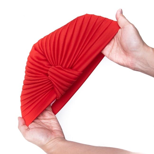 被るだけ簡単カラフルストレッチターバン 仮装に便利!インドやアラブなコスプレへ 8 - 伸縮性がある素材なので、フリーサイズです。