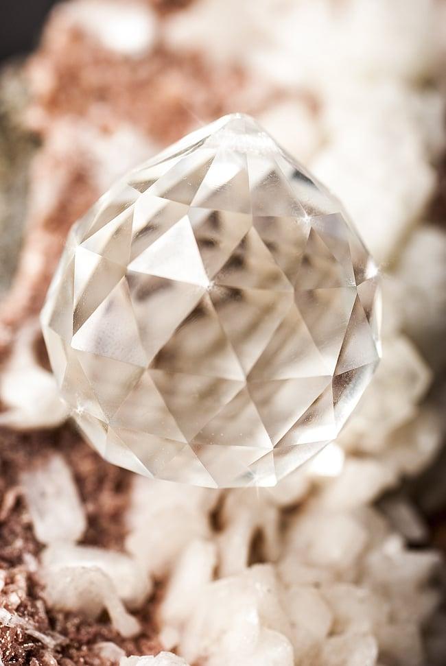 太陽の光を集めるクリスタル サンキャッチャー [4cm]の写真4 - 美しいクリスタルガラスです。