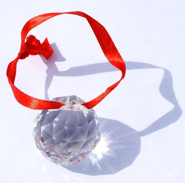 太陽の光を集めるクリスタル サンキャッチャー [3cm]の写真4 - 美しいクリスタルガラスです。