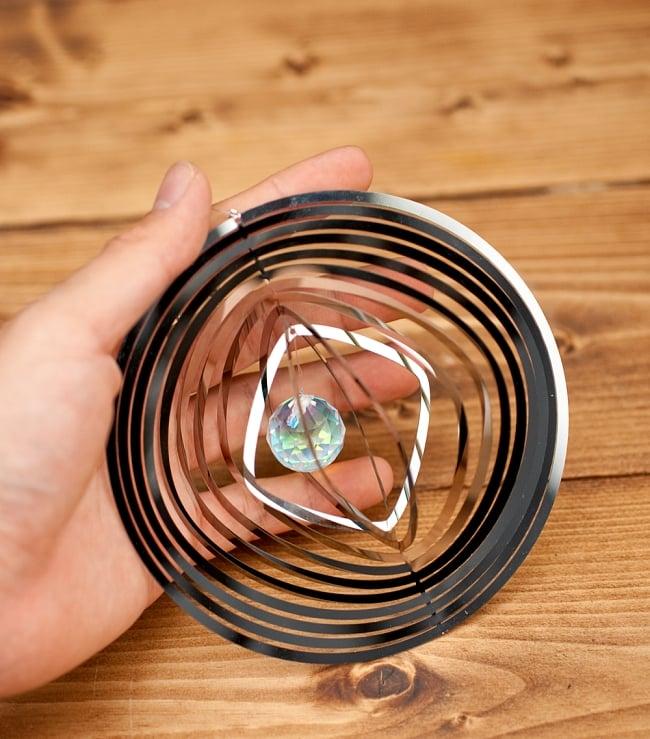 コスモスピナー 太陽で輝き風で動くモビール - ラウンドの写真9 - 屋外だけではなく、モーターを使えば屋内でもオススメです。