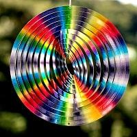 カラフルコスモスピナー 太陽で輝き風で動くモビール- レインボーサークル(12インチ)