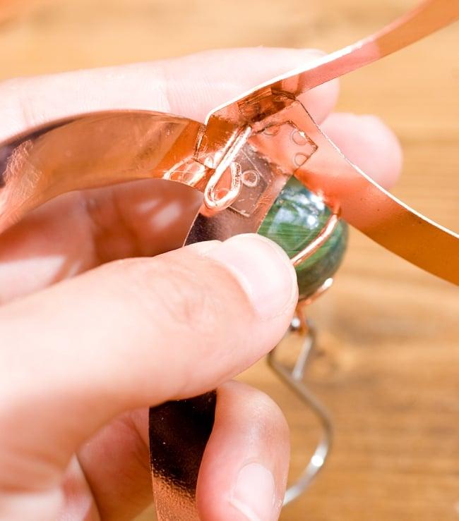 永遠の螺旋 スパイラル・コスモスピナー 5 - このフックの部分に小さい方のチェーンの先端をかけるだけです。