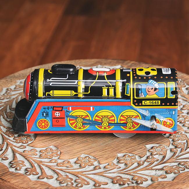 ゼンマイ式 汽笛が鳴る!大陸横断機関車 インドのレトロなブリキのおもちゃ 2 - 横からの写真です