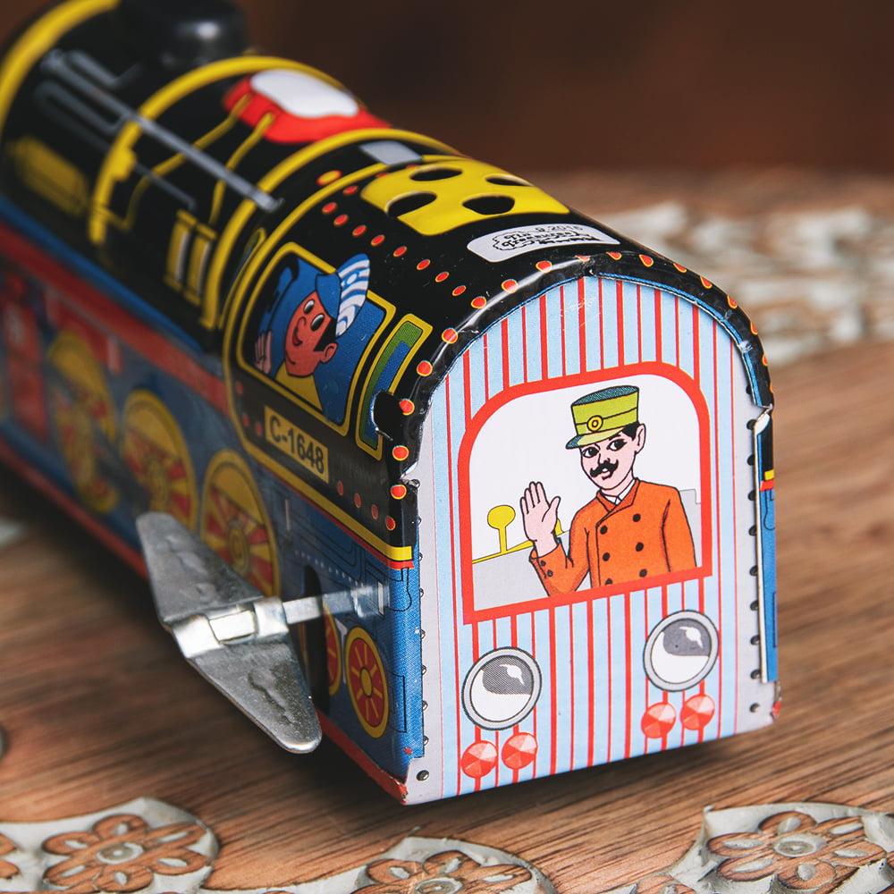 ゼンマイ式 汽笛が鳴る!大陸横断機関車 インドのレトロなブリキのおもちゃ 5 - 後ろからの写真です