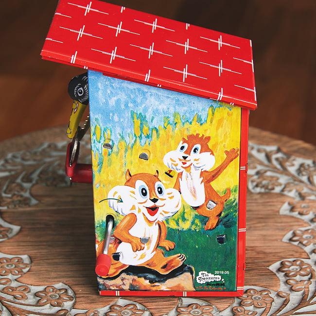 楽しく貯金!鳥さん貯金箱 インドのレトロなブリキのおもちゃ 4 - 横からの写真です