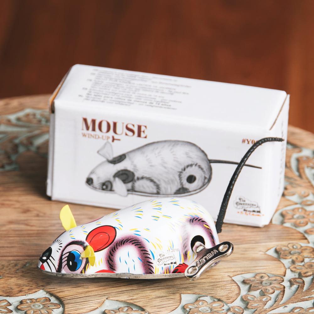 ゼンマイ式で動くカラフルネズミさん インドのレトロなブリキのおもちゃの写真