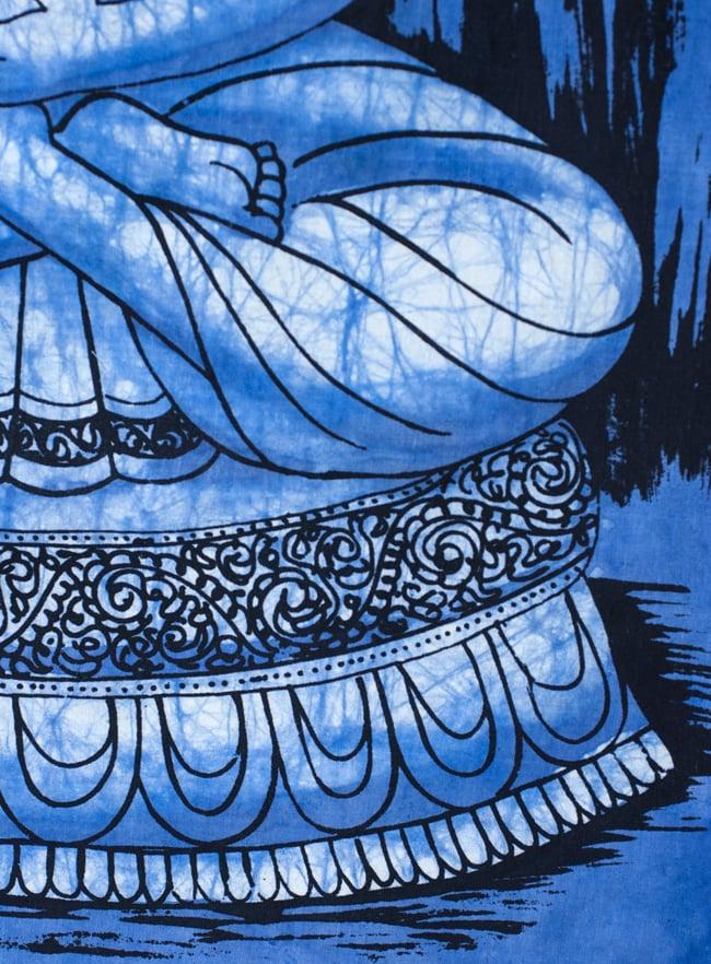 [小サイズ]バティック染めのタペストリー風神様布 - ブッダ[約50x85cm]の写真4 - 柄の拡大です
