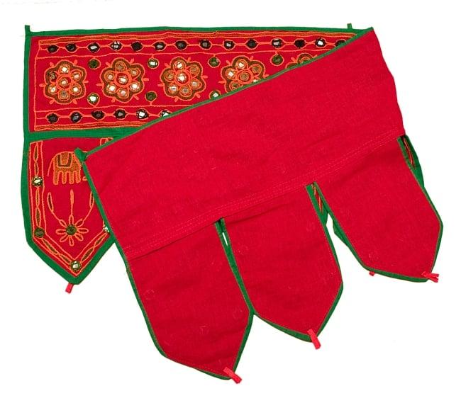 インドの飾りのれん 【花・象】 赤 アソートの写真4 - 裏面はこのような感じになっております