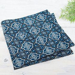 昔ながらの木版染め伝統模様布ハンカチ - ブルー