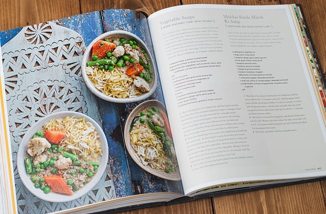 【豪華本】THE INDIAN COOKERY COURSE - Techniques and Masterclasses and Ingredients - 300 recipesの写真10 - ほとんどすべての見開きページに写真が掲載されています。