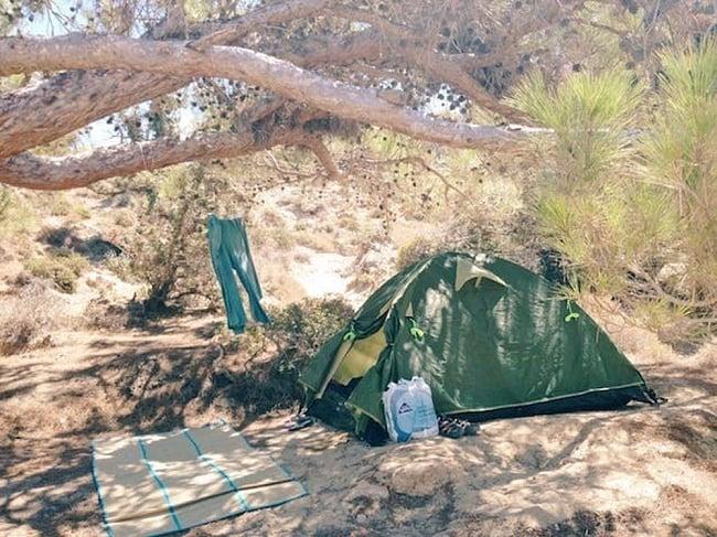 旅がなければ死んでいた [本編] 2 - ギリシャのヌーディスト・アイランドで、全裸のテント暮らし。