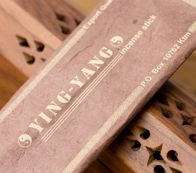 YING YANG -インヤンの写真2 - 商品名の部分を拡大しました