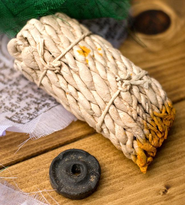 VAJRA SANDALWOOD ロープ香の写真2 - ロープをアップにしてみました。