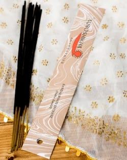 香木(SANDALWOOD)の香り - オウロシカ香(IND-INS-264)