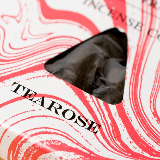 ティーローズ[TEAROSE]の香り-オウロシカコーン香 2 - オウロシカオリジナルの模様箱です。こちらに香名が記載されています。