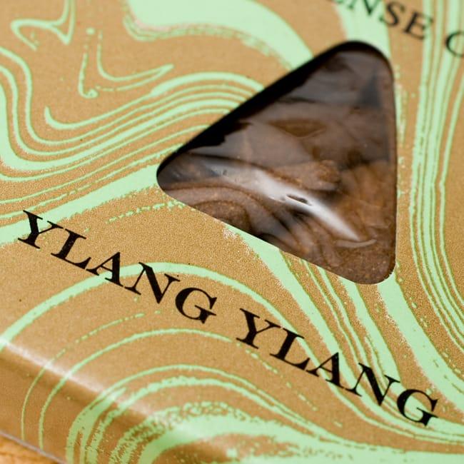 イランイラン(YLANG YLANG)の香り - オウロシカコーン香の写真2 - オウロシカオリジナルの模様箱です。