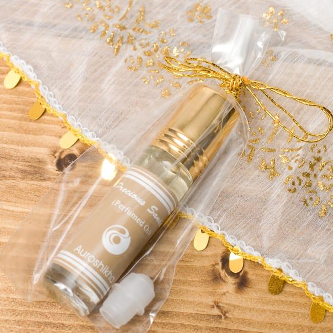 香木(PRECIOUS SANDAL)の香り - オウロシカアロマオイル 2 - このような状態でお届けします。