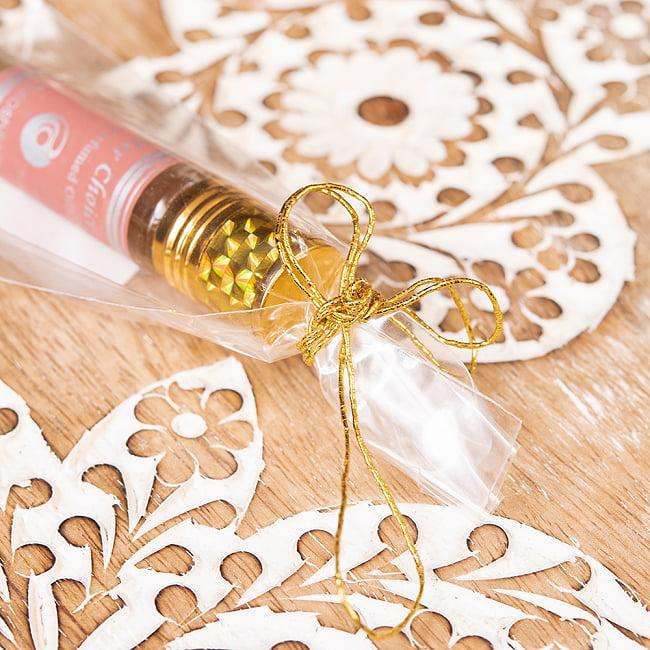 彼女の選択(HER CHOICE)の香り - オウロシカアロマオイル 3 - 包装もかわいい感じです