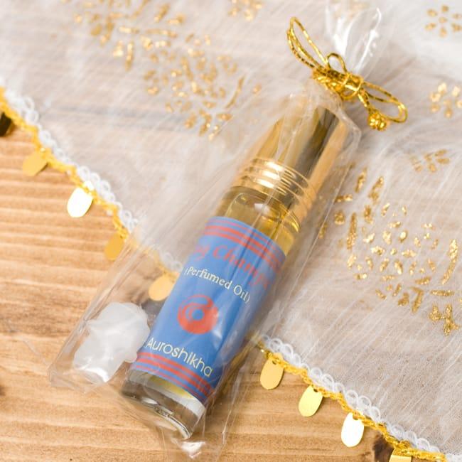 ナグチャンパ(NAG CHAMPA)の香り - オウロシカアロマオイルの写真2 - このような状態でお届けします。
