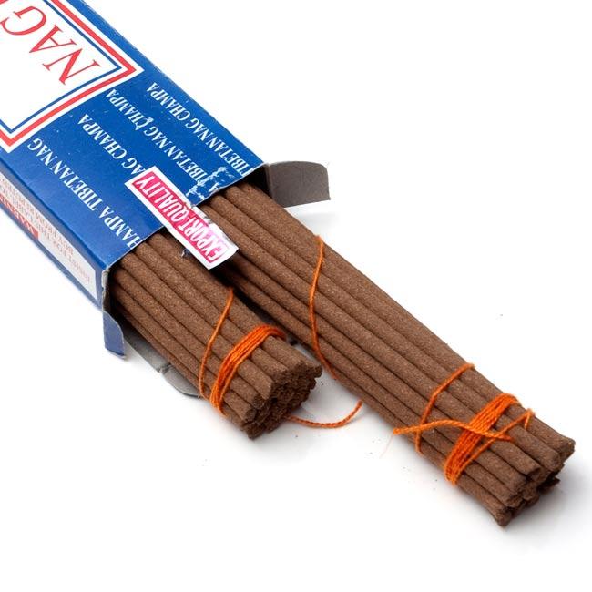 チベタンナグチャンパ[パッケージ汚れあり ワケアリ品]の写真3 - 中のお香はこんな感じです。そのままでももちろん使用できますが、<a href=