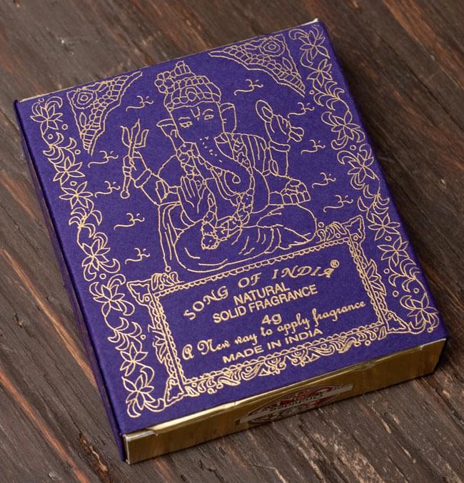 クリーム・フレグランス[ブラス] - ブッダの喜び(ブッダ・デライト) の写真2 - 裏面です。裏面にはヒンドゥー教の神様、ガネーシャが描いてあります