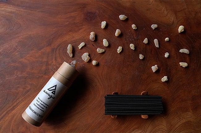 FRANK INSENCE香 - sanga 2 - 中身のイメージです。お香40本セットとなります