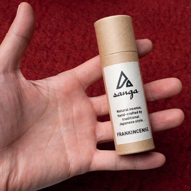 FRANK INSENCE香 - sanga 3 - サイズ比較のために手に持ってみました