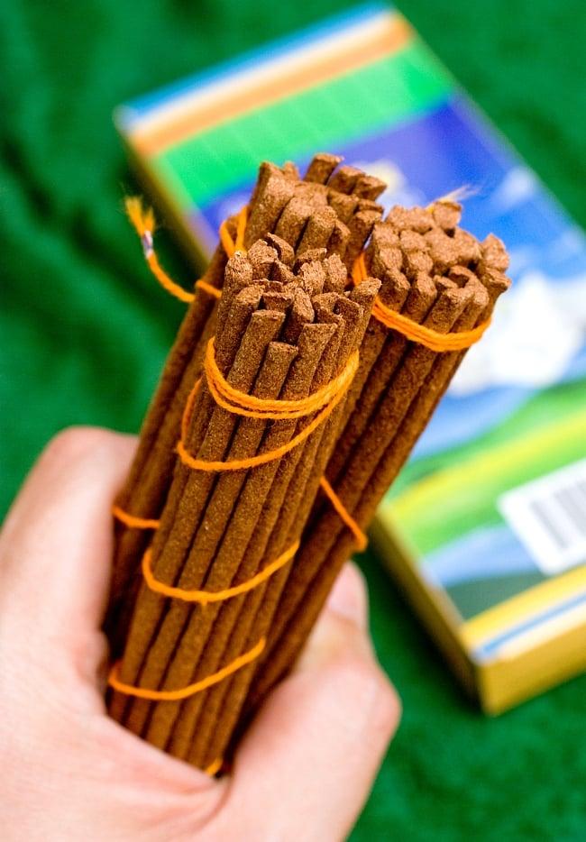 【約60本入り】Sorig チベタンインセンス【メン・ツィー・カンのお香】 4 - 約60分本がセットになっています。