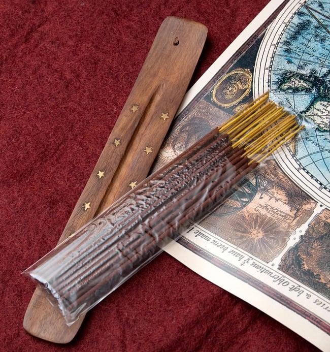 Great Indian Incense - MASALA - ジンジャー&スパイス 6 - ジュートの袋の中にはお香とお香たてが入っていますので、お香初心者の方へのギフトにぴったりです